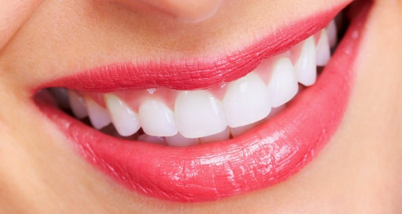 Teeth Whitening Toothpaste Best Teeth Whitening Toothpastes Of 2019