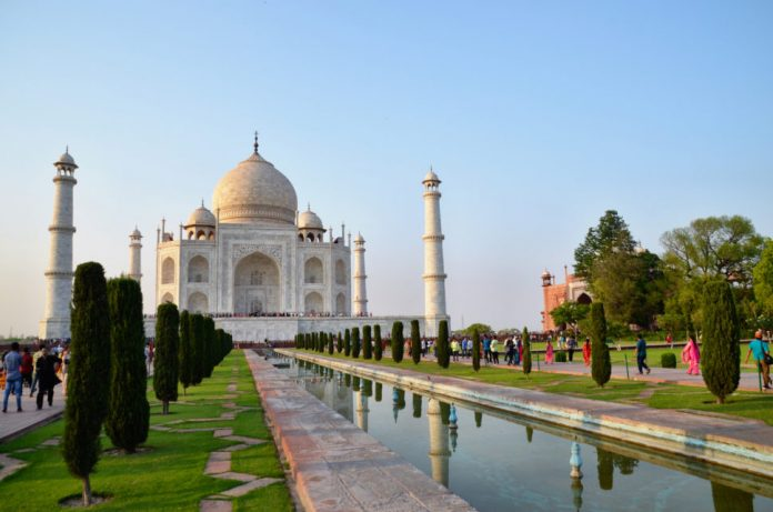 Places to Visit in Agra at Night