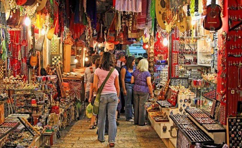 Delhi's Bazaar for Idyllic shoppers