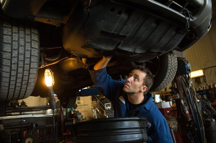 Career And Job Prospects For Auto Mechanic