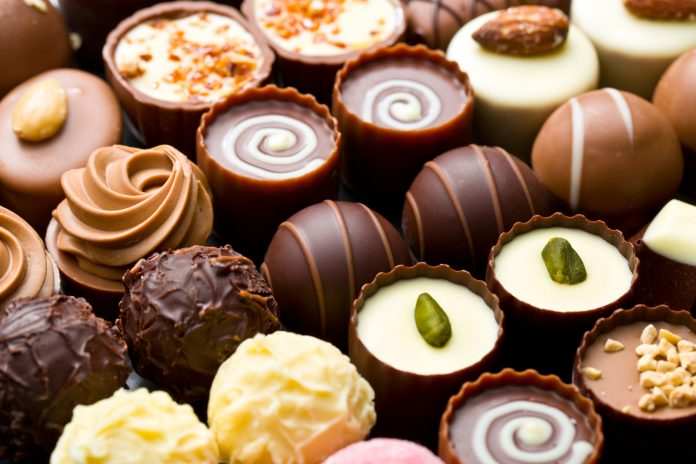 Why Gifting Chocolates Online Is The Best Option!