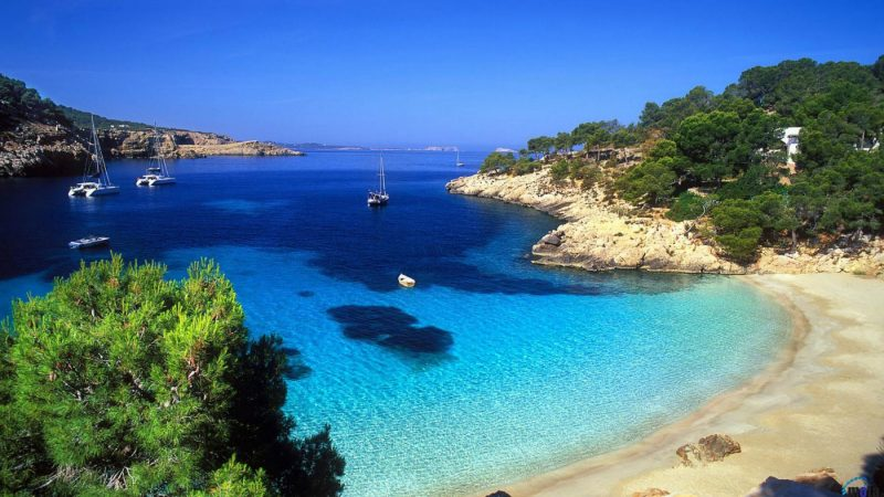 Cyprus – Tropical Beach Destination