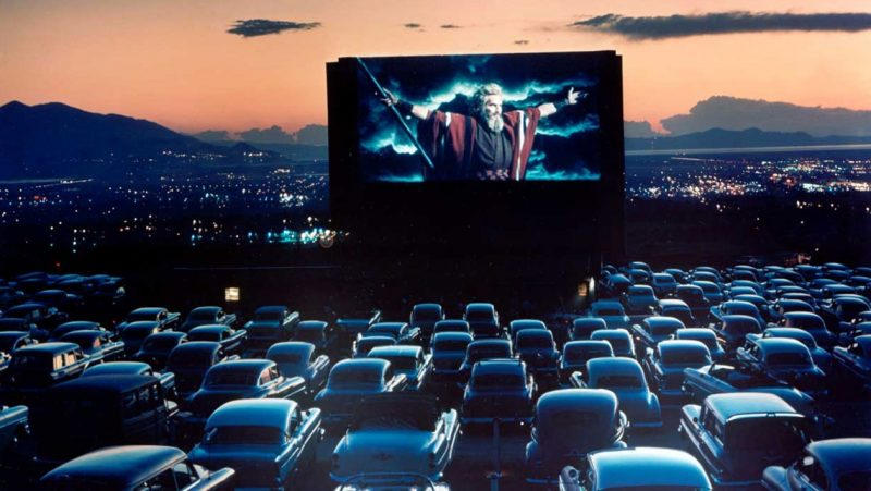 A Theater Room Inspired byDrive-In Movie Theaters