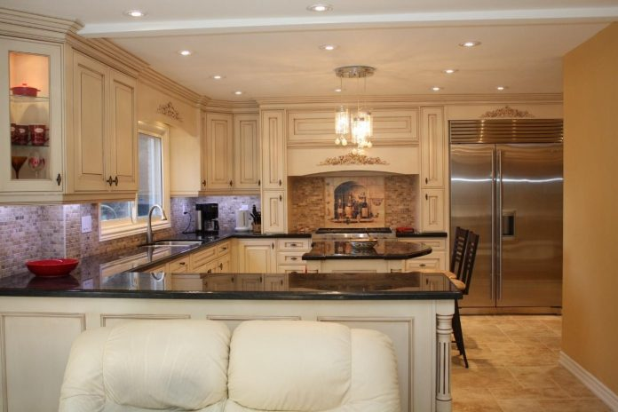 3 Advantages of Hiring Kitchen Remodeling Contractors