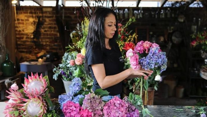 Online Flower Delivery In Australia