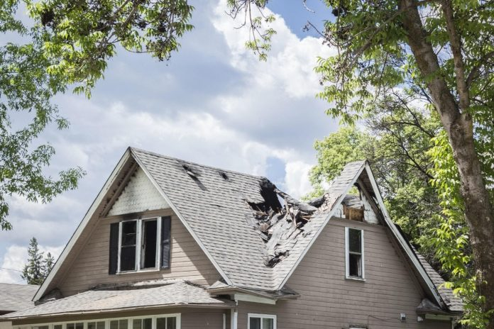 7 Steps to Take If Your Roof Has Storm Damage