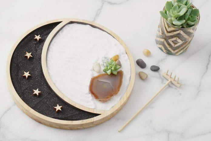 How To Make a Mini Zen Garden in Your Yard
