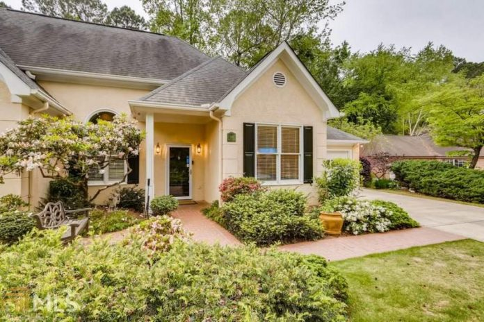 Average Home Price in Peachtree City