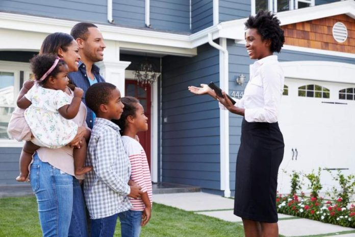 How to Choose Real Estate Agents When Buying a House