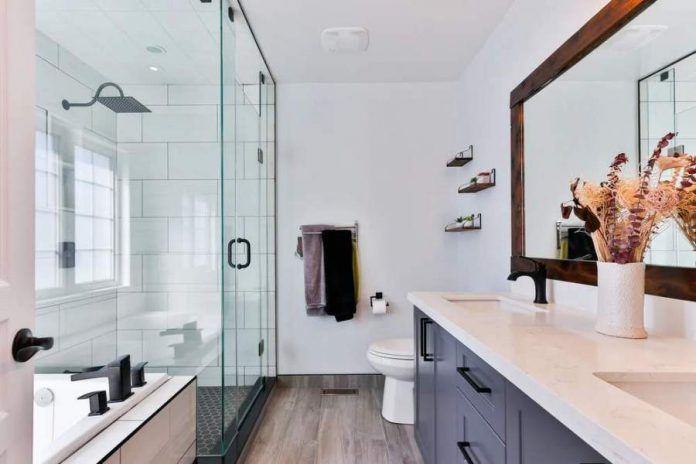 Spice Up Your Bathroom Without Busting Your Budget