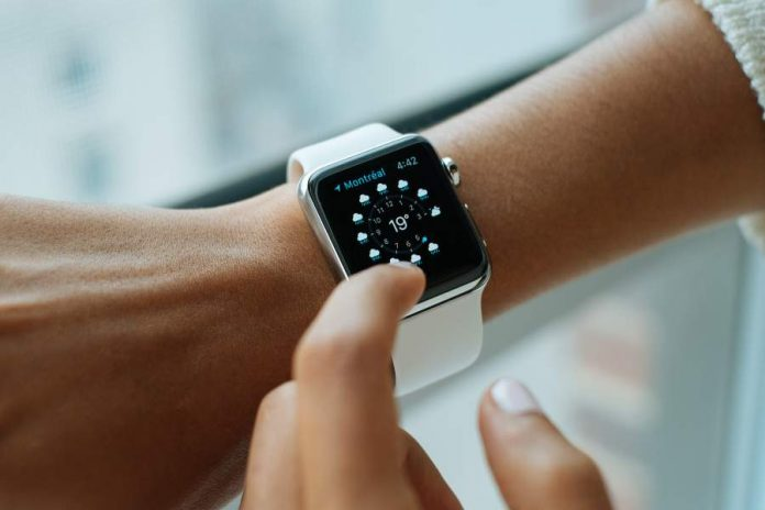 5 Ways a SmartWatch Can Benefit You in Learning