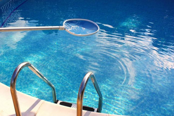 9 Pool Cleaning Tips You Need to Know
