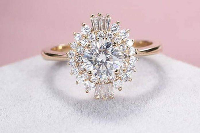 Get the Best Customized Proposals and Engagement Ring
