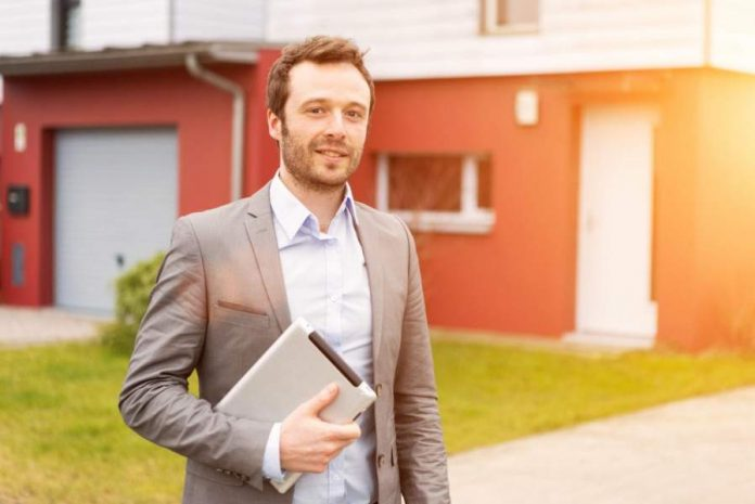 How to Become a Realtor: A Guide