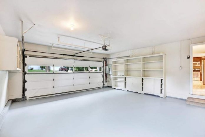 The Benefits of Building a Metal Garage or Workspace