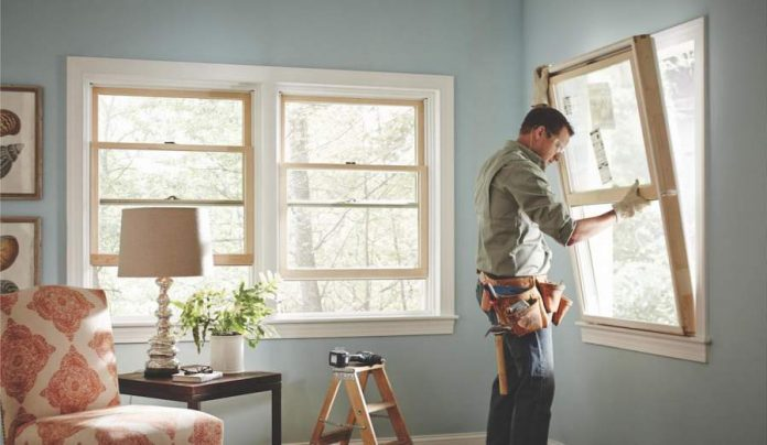 Things To Consider When Hiring A Contractor To Work On Your Windows and Doors