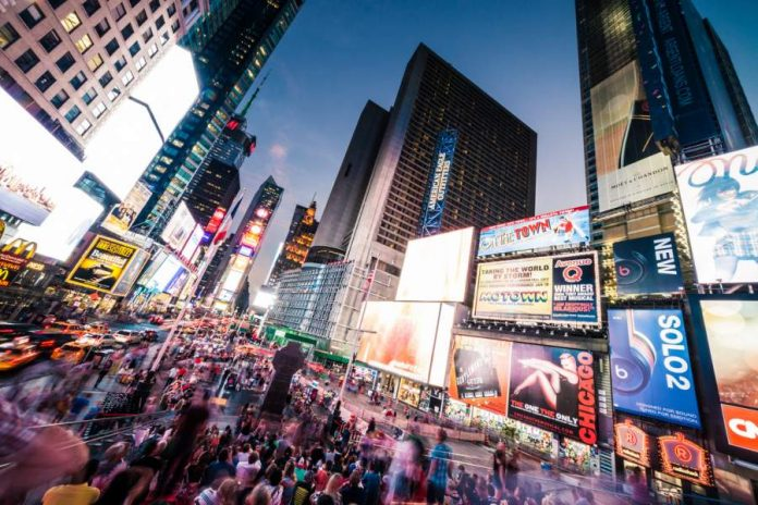Excellent Reasons Why Your Business Should Use a Digital Signage