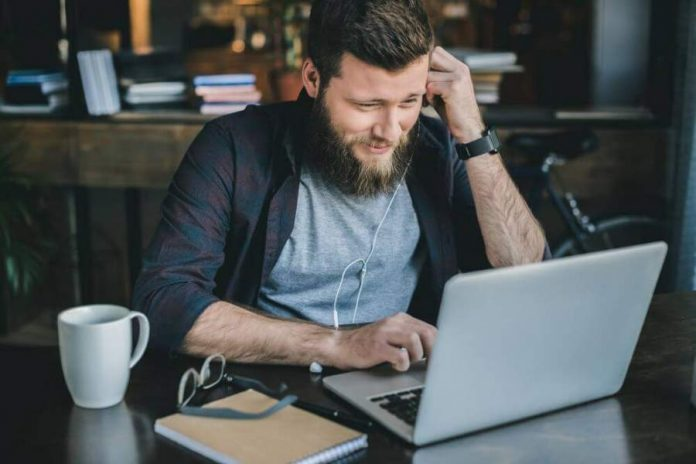 7 Essential Software Tools to Help Run Your Business