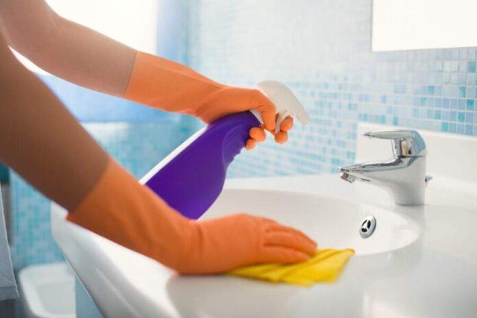 Clean Bathroom Sink Faucets