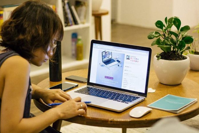 How Do You Manage an Online Store Successfully